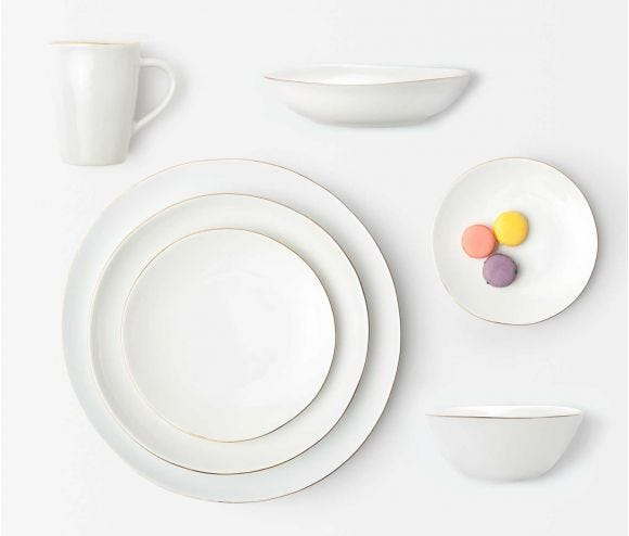 Julianna Dinnerware Collection