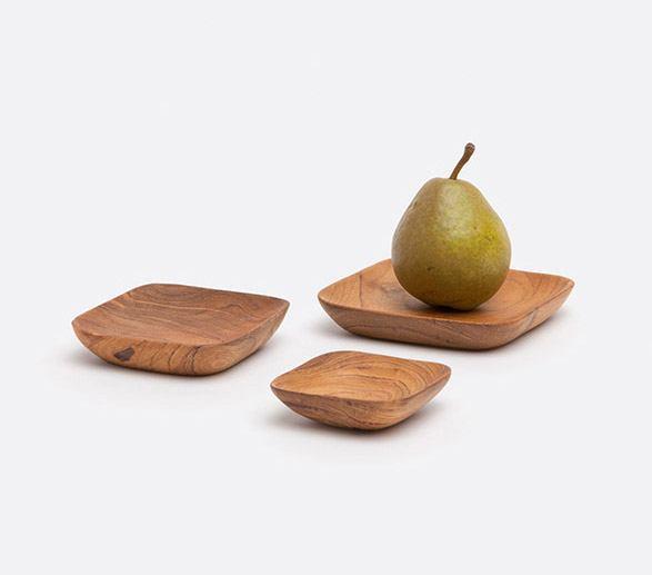 SMALL PLATES & BOWLS